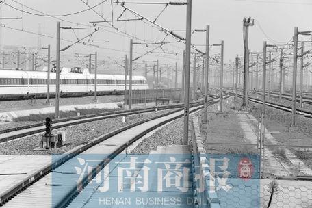 [郑州高铁动车在那坐]郑州到济南高铁动车
